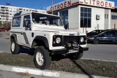 Land Rover Defender v ironman 4x4